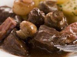 Slow Cooker Beef Burgundy Recipe