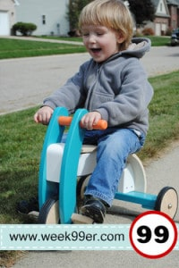 Day 30: Oompa Wooden Trike – Product Review & Giveaway!