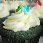 Blue Velvet Cupcakes with Buttercream Frosting Recipe inspired by @Dawndish #DDDivas #sponsored #glutenfree