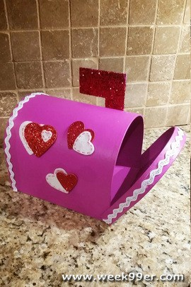 DIY Valentine's Day Mail Box