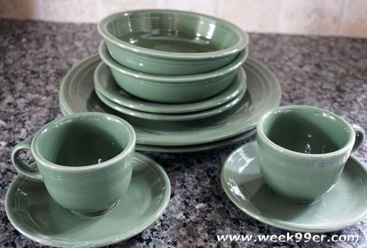 Fiestaware Review & Fiestaware\u0027s New Colors Bring a Hint of Nostalgia to Your Table