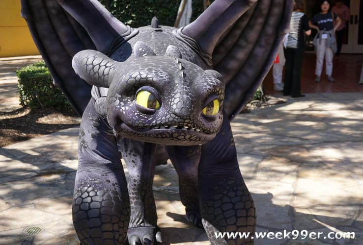 Dreamworks dragons race to the edge comes to netflix toothless dragon there is no denying that how to train your ccuart Gallery