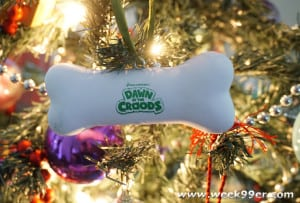 Dawn of the Croods Holiday Activity Kit Review and Giveaway! #thecroods