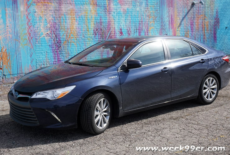 2016 Camry Hybrid Review