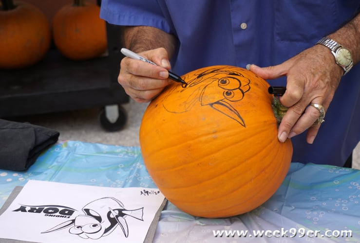Finding Dory Pumpkin Carving and Halloween Tips