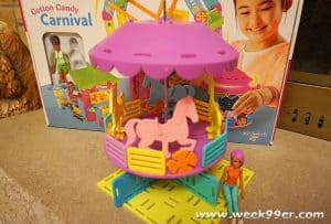Build, Create and Customize with Roominate Cotton Candy Carnivale