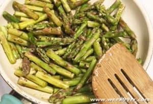 Gluten Free Cheesy Asparagus Gnocchi Recipe