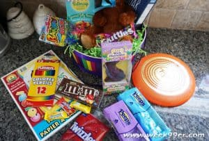 Send Sweets and More with the Ultimate Easter Gift Basket #Easter
