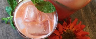 This Refreshing Watermelon Mint Lemonade is Perfect for Summer!