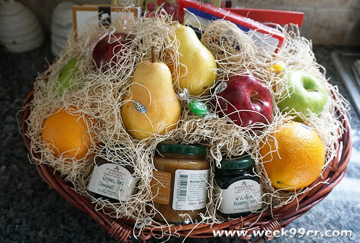 Bountiful Harvest - Fruit Gift Basket Review