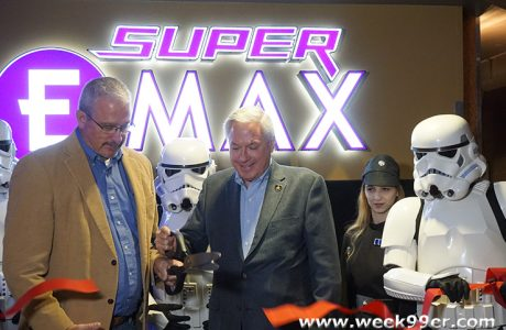 Emagine Novi Opens the Largest Screen in Michigan – Step Into the Super EMAX #Emagine