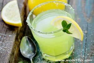 margaritas and other mexican drinks