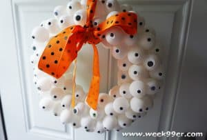 Eye ball wreath DIY
