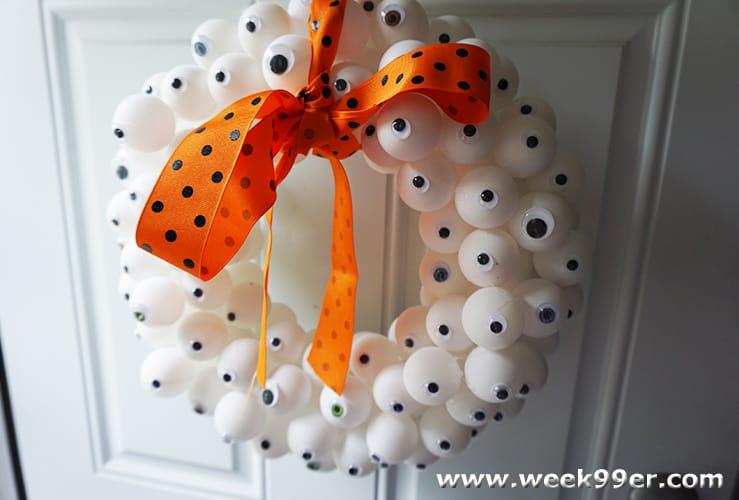 Eye ball wreath DIY
