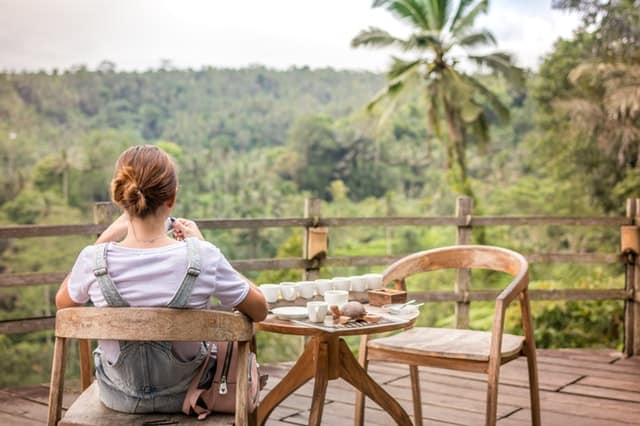 Reasons to Add a deck to your home