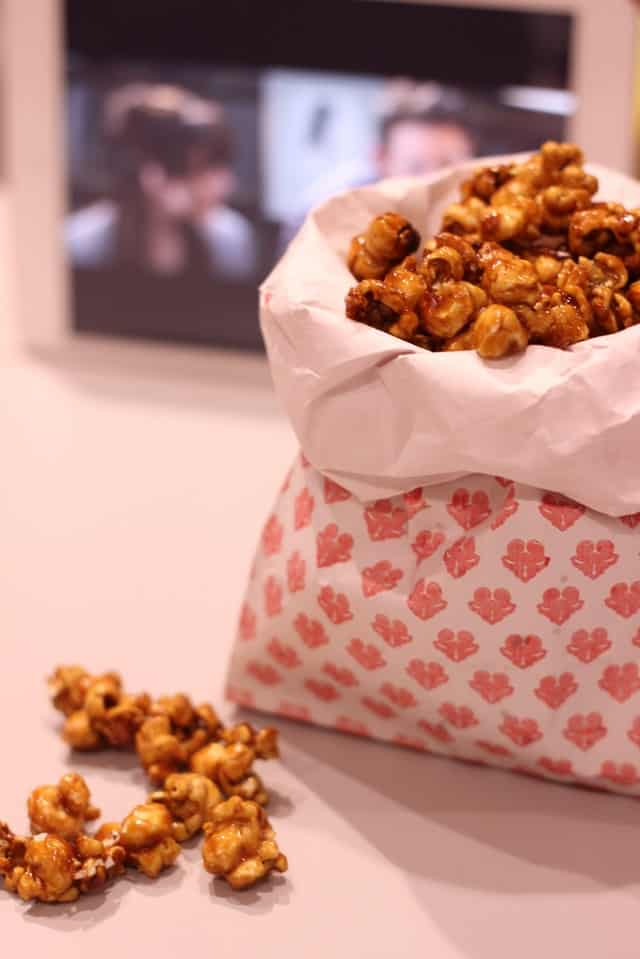 How to Make Caramel Popcorn at Home