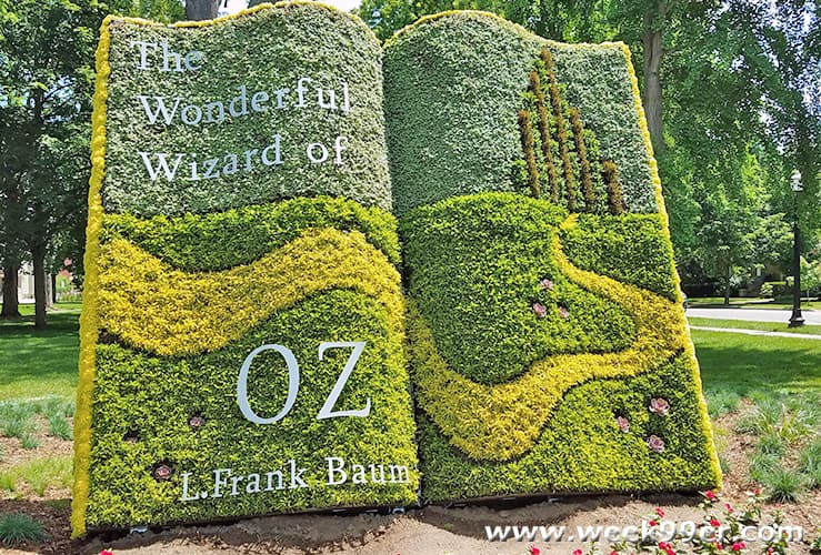Holland Michigan Wizard of Oz Garden