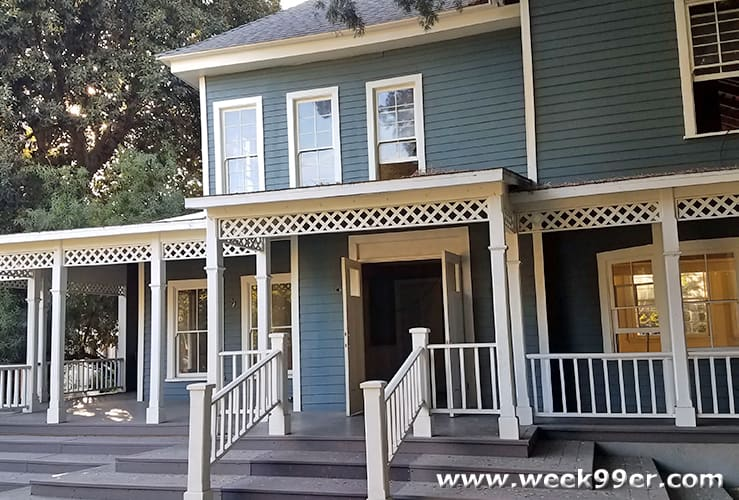 Gilmore Girls Set Visit