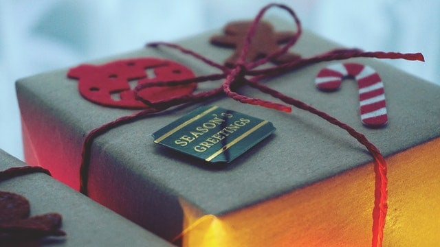Gift Ideas for the Family Historian