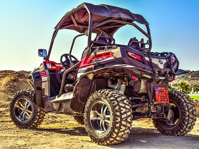 The Pros and Cons of Buying a UTV