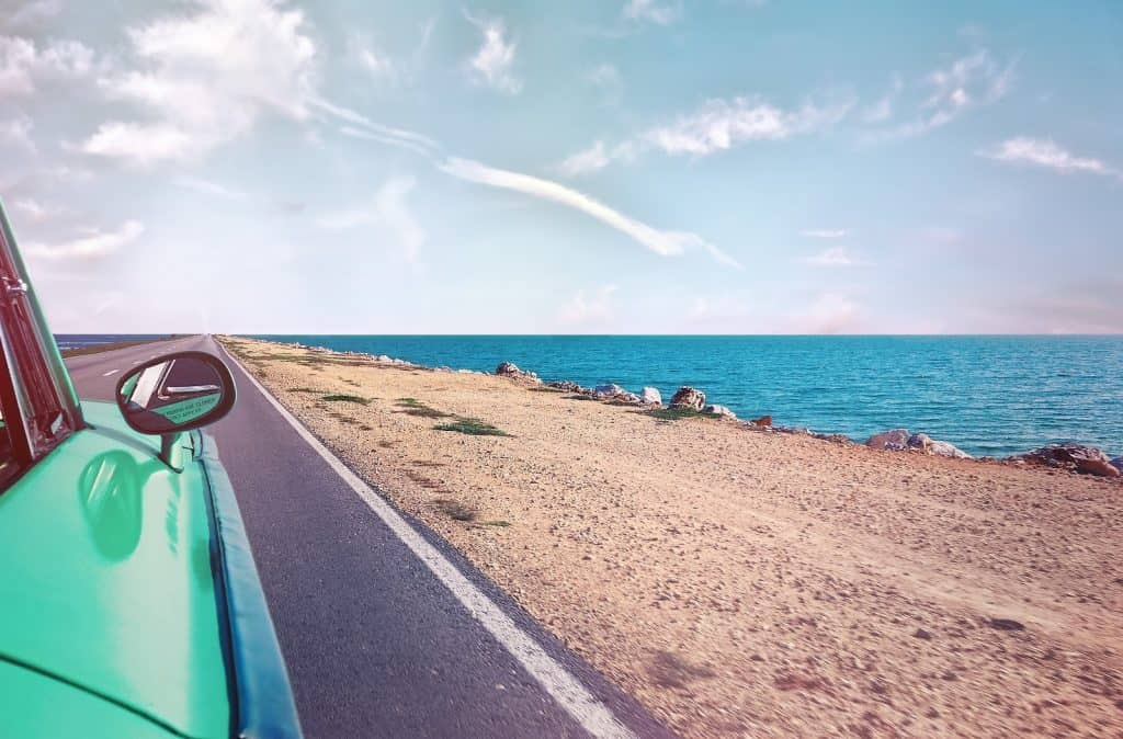 Top 5 Apps For A Road Trip Adventure
