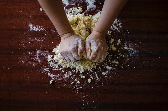 Baking Projects to Do With Your Kids Today
