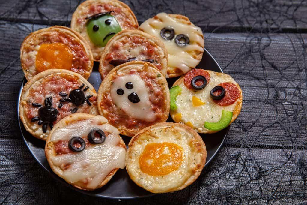 Fun Dinner Idea for your Halloween Night Celebration