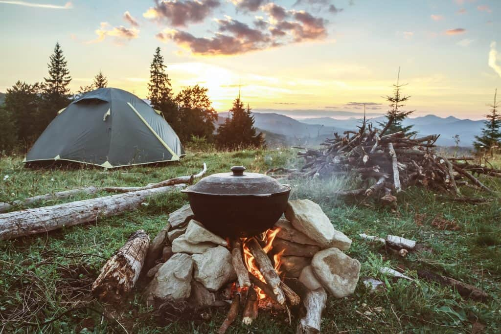 3 Very Useful Things To Have While Camping That You May Not Think Of
